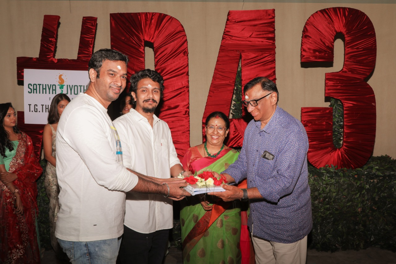 Dhanush's 43rd Movie Pooja Images HD_3