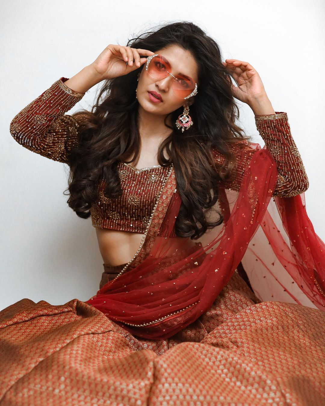 Gorgeous Actress Vani Bhojan Photos