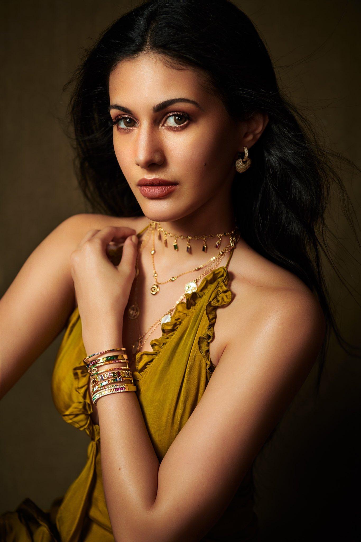 Amyra Dastur Latest Pics