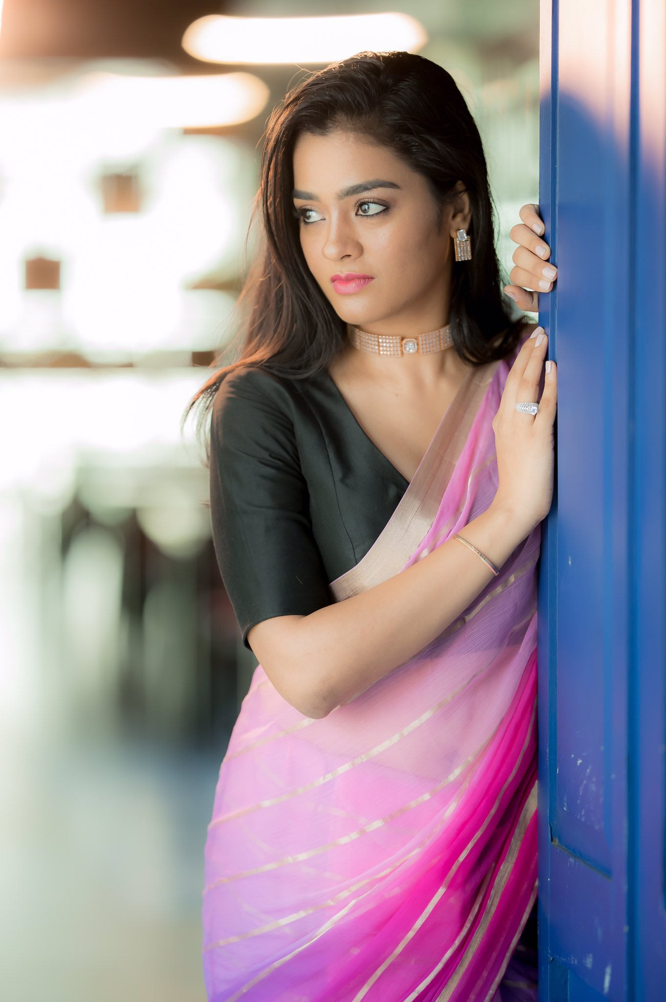 Tamil Actress Gayathrie New Photos