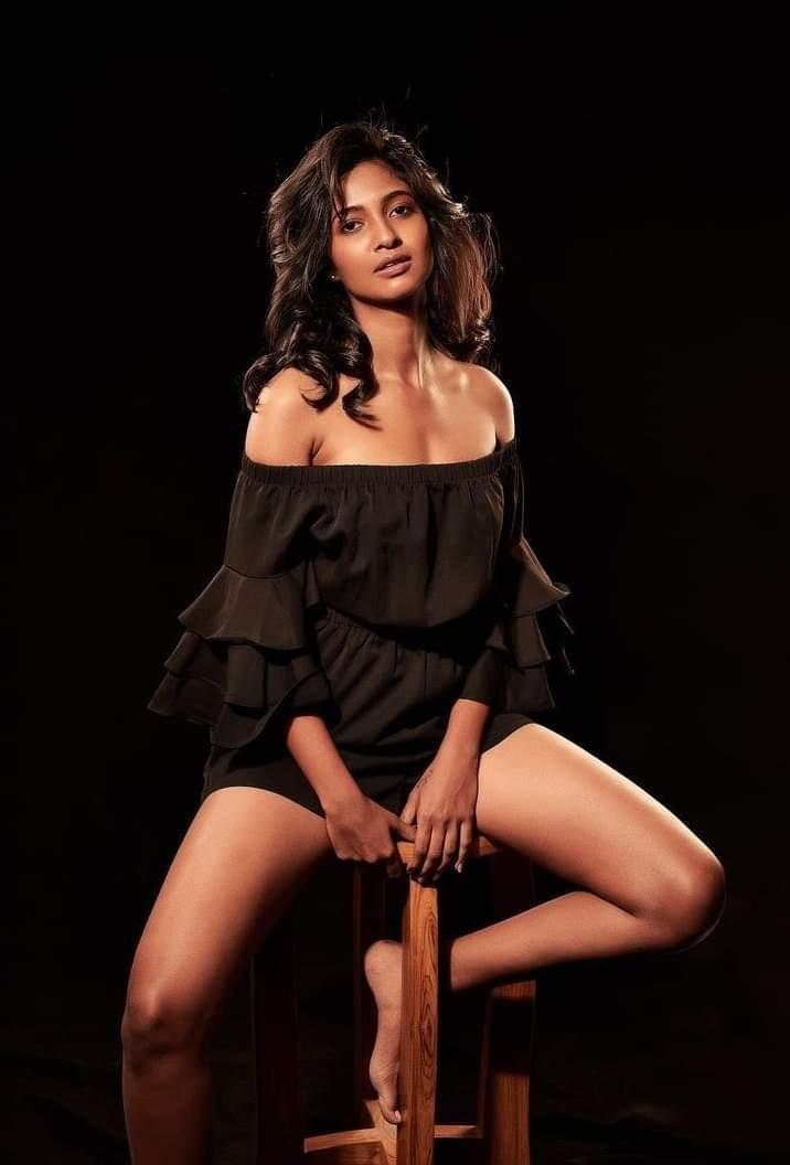 Keerthi Pandian New Stills