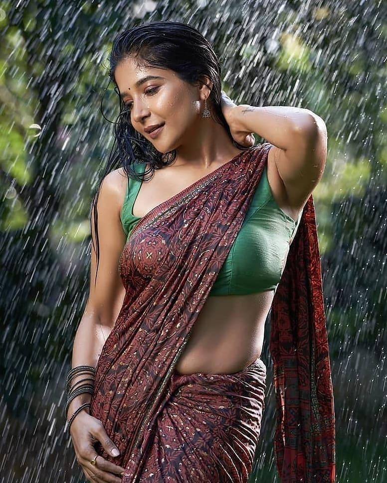 Beautiful Actress Sakshi Agarwal Recent Images