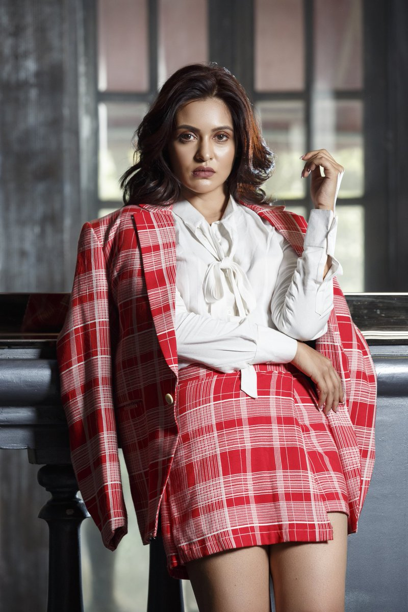 Priyanka Sarkar Latest Images HD