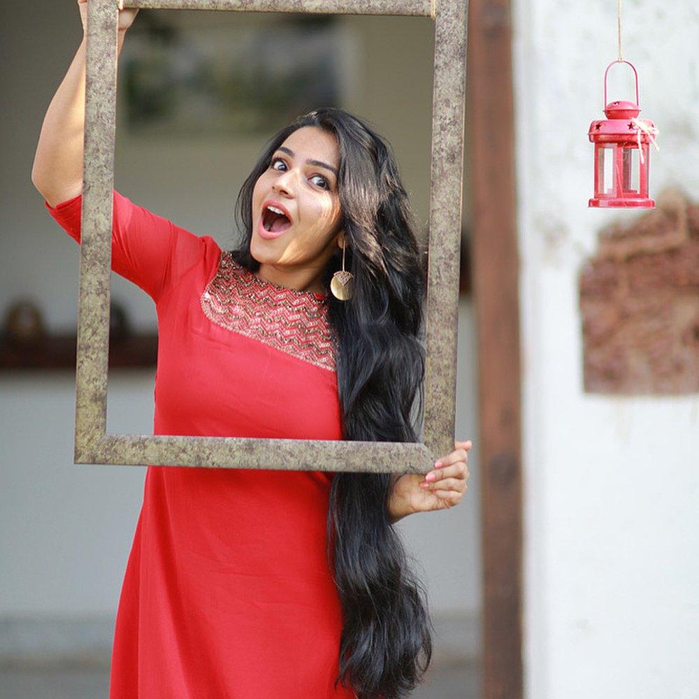 Rajisha-Vijayan-Karnan-actress-69225