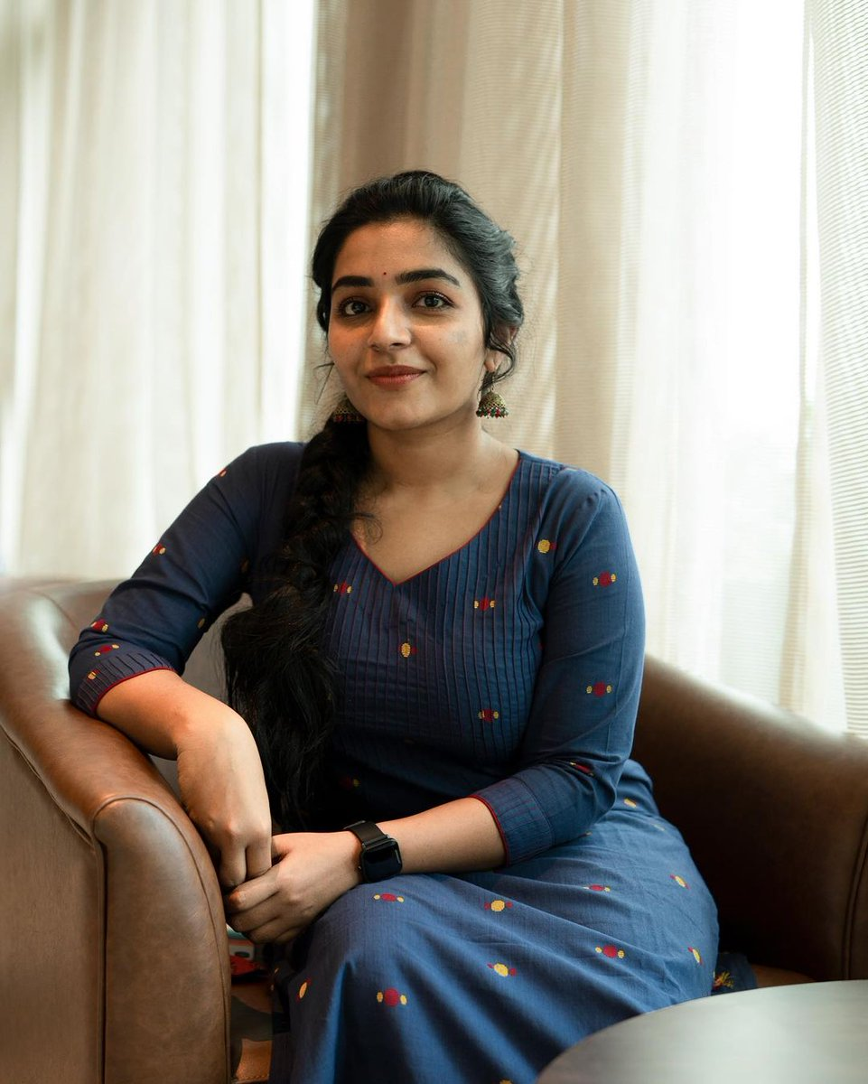 Rajisha-Vijayan-Karnan-actress-69231