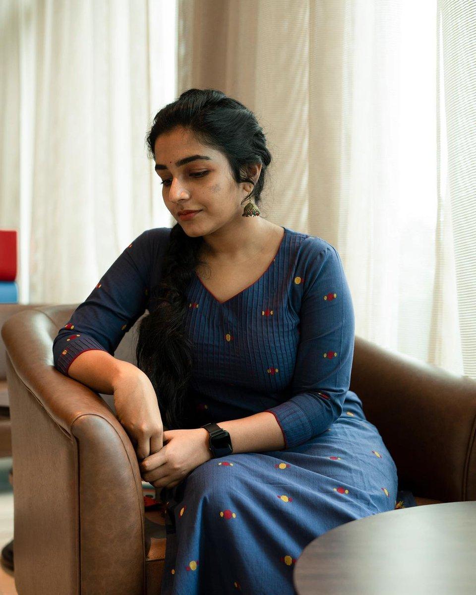 Rajisha-Vijayan-Karnan-actress-69232