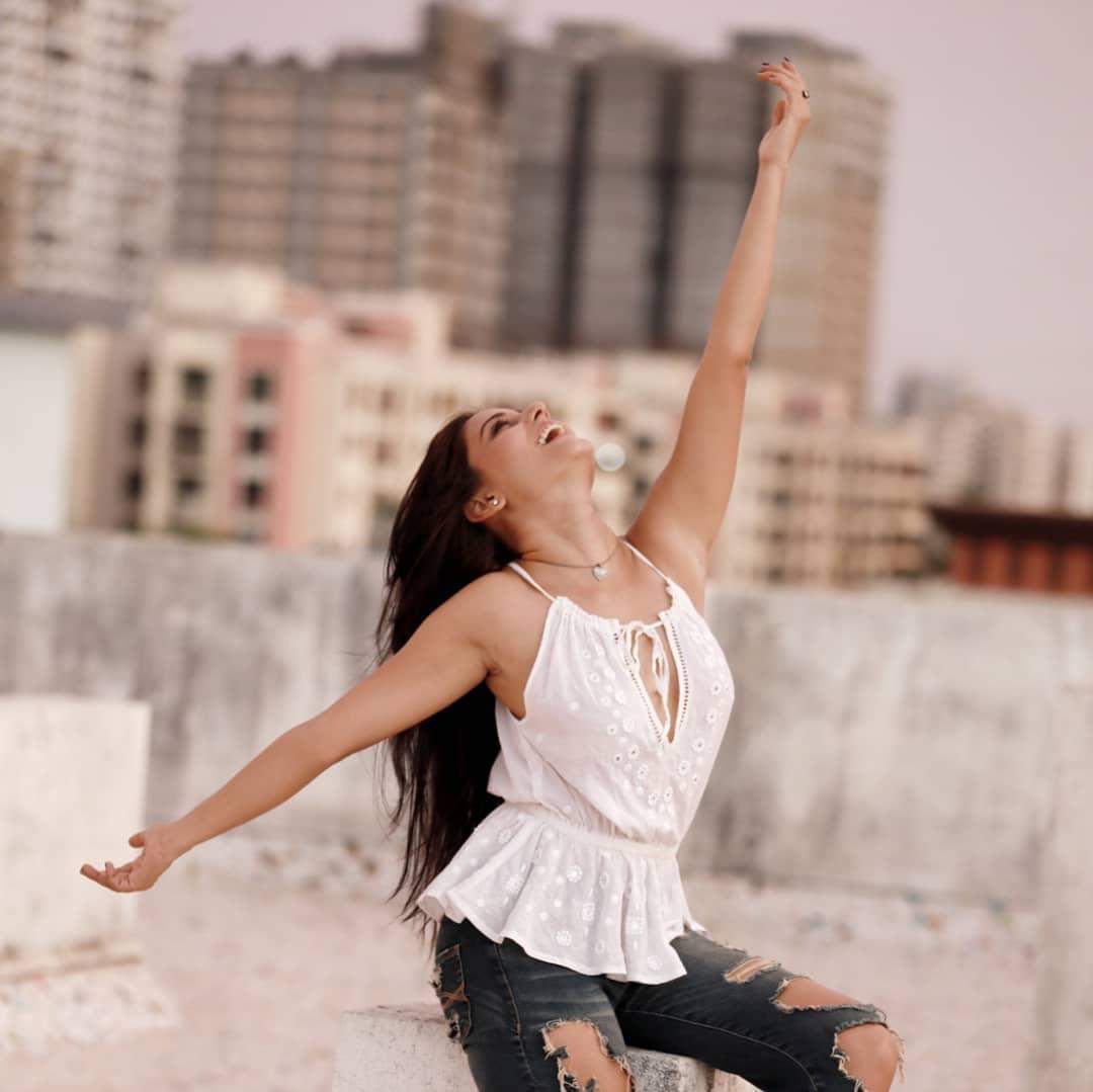 Actress Archana Gupta Photos (3)