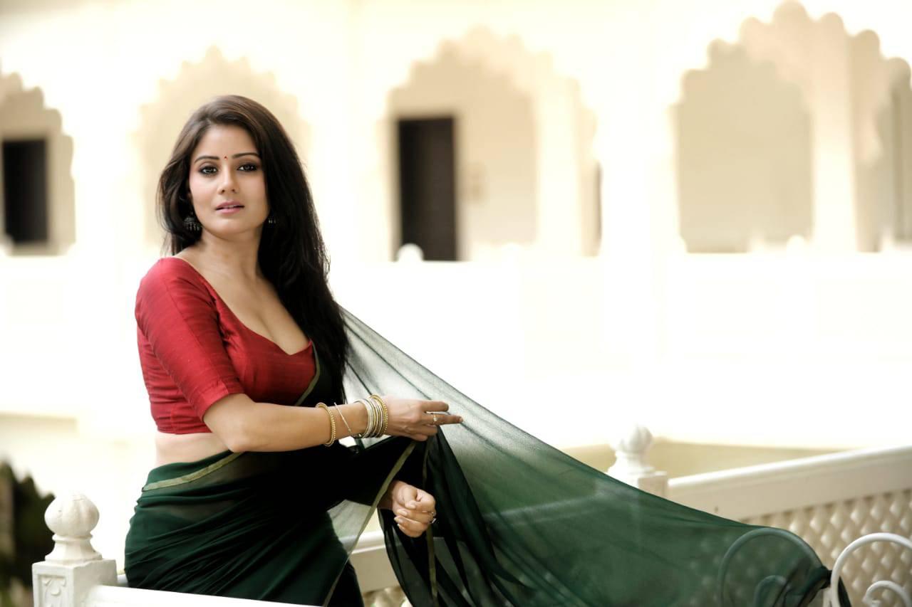 Actress Archana Gupta Photos (4)