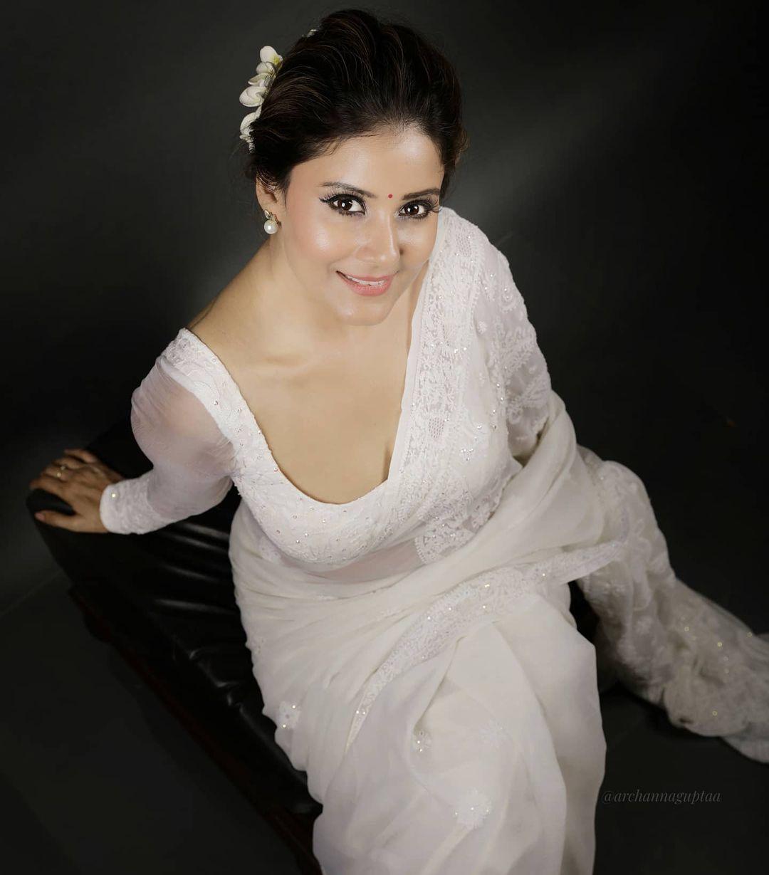 Actress Archana Gupta Photos (9)