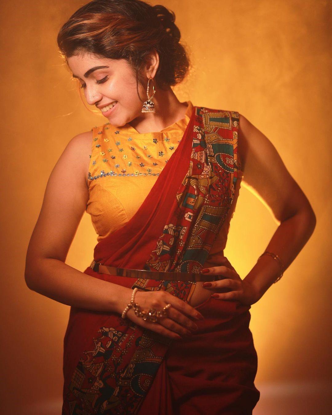 Actress Manasa Radhakrishnan Saree Photos (11)
