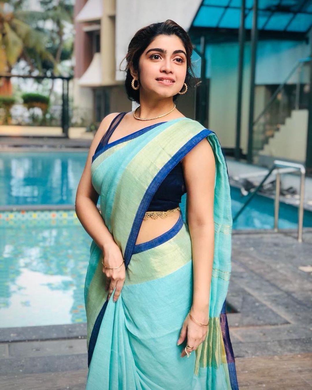 Actress Manasa Radhakrishnan Saree Photos (2)
