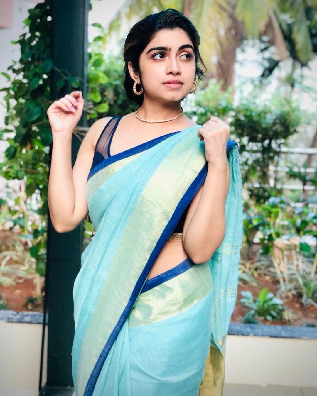 Actress Manasa Radhakrishnan Saree Photos (3)