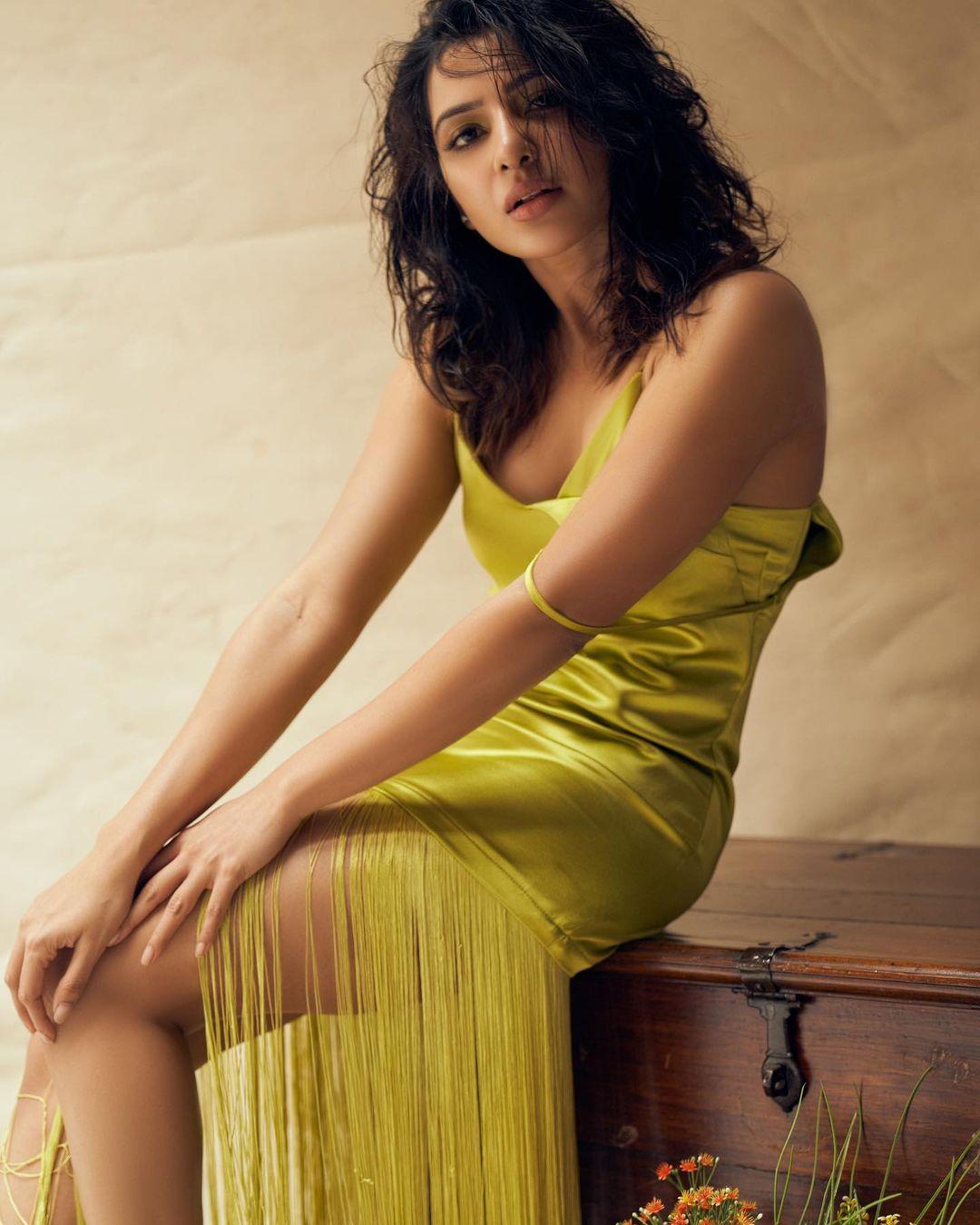 Actress Samantha Akkineni New Stills (2)