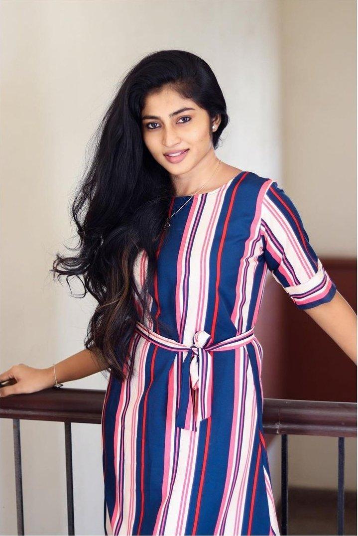 Actress Vaishnavi Arulmozhi Photo Gallery (1)