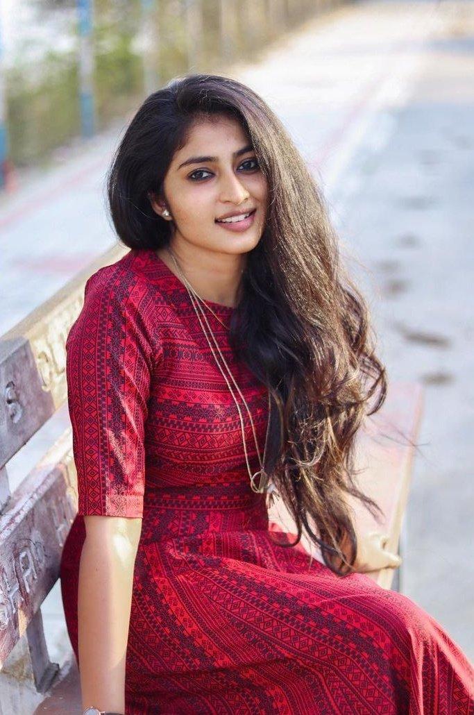 Actress Vaishnavi Arulmozhi Photo Gallery (6)
