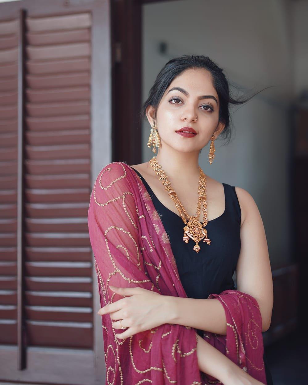 Malayalam Actres Ahaana Krishna Latest Photos (1)