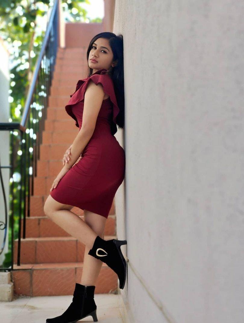 Raveena Daha Photos HD (16)