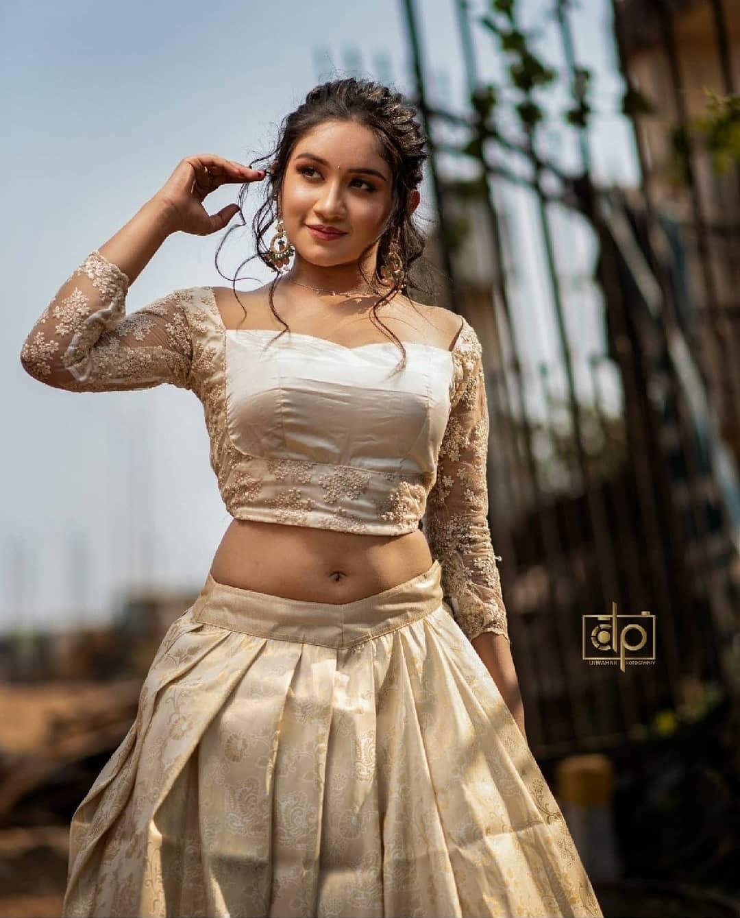 Raveena Daha Photos HD (4)