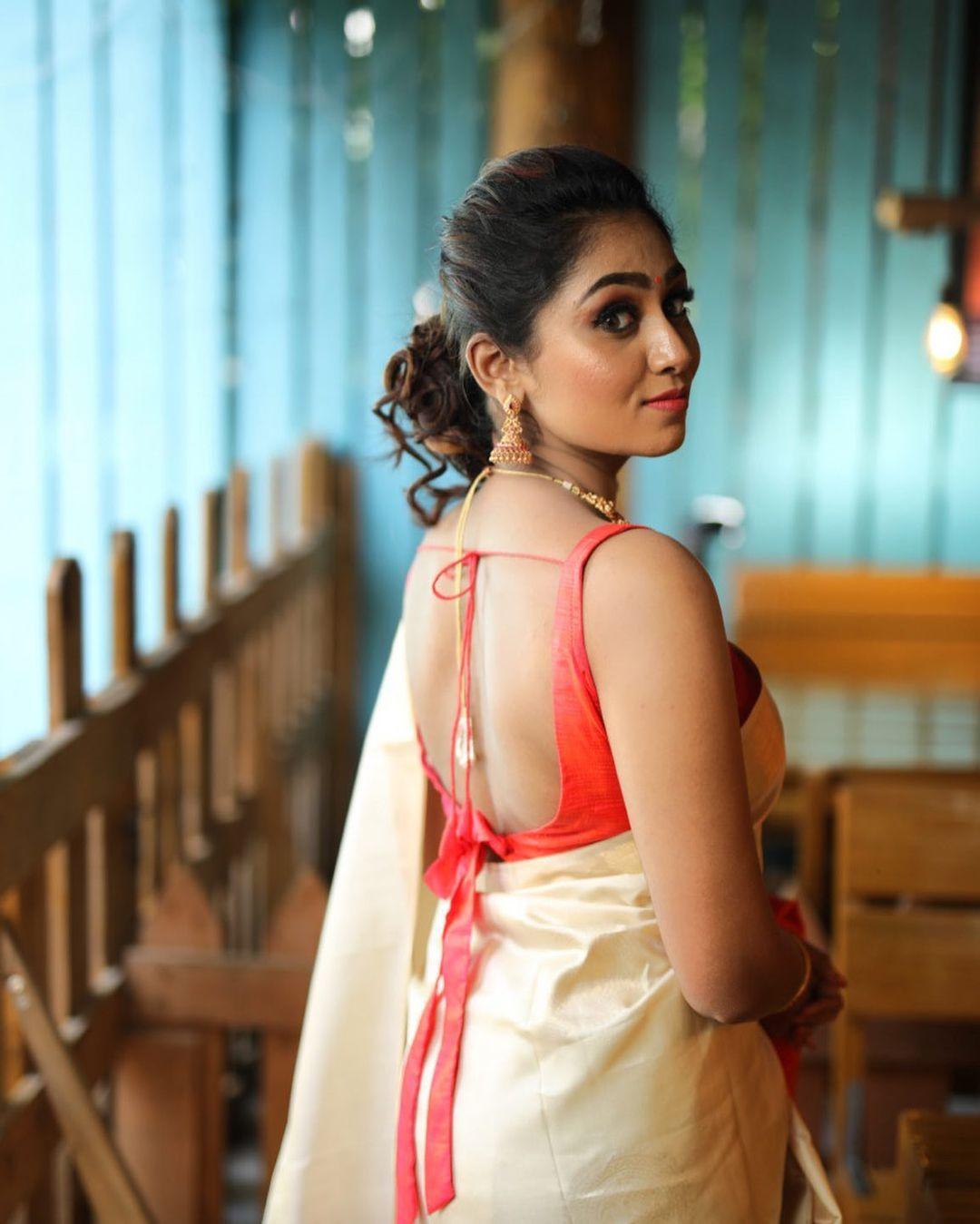 Sreethu Krishnan Photos hd (49)