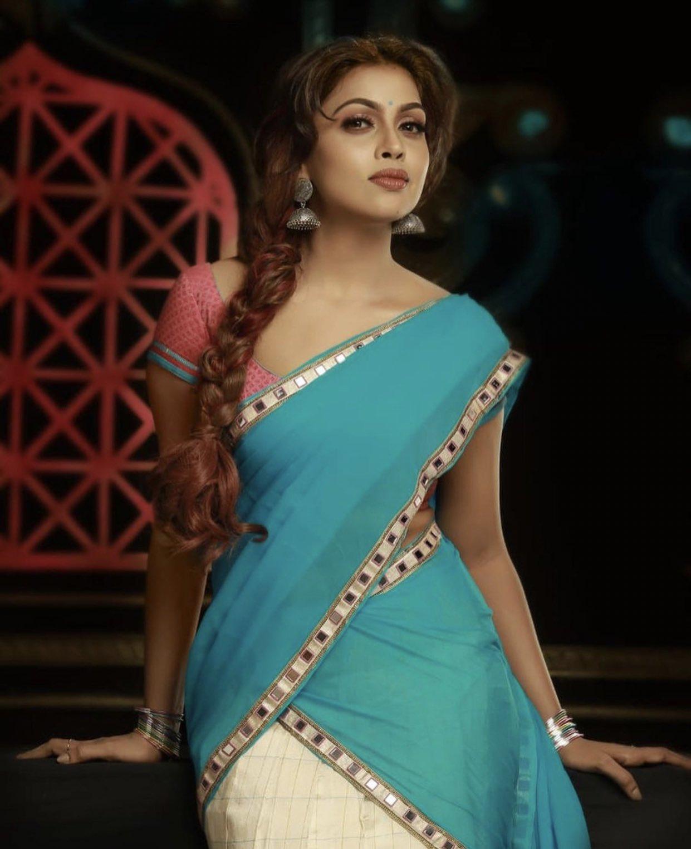 Srinikha Photos HD (5)
