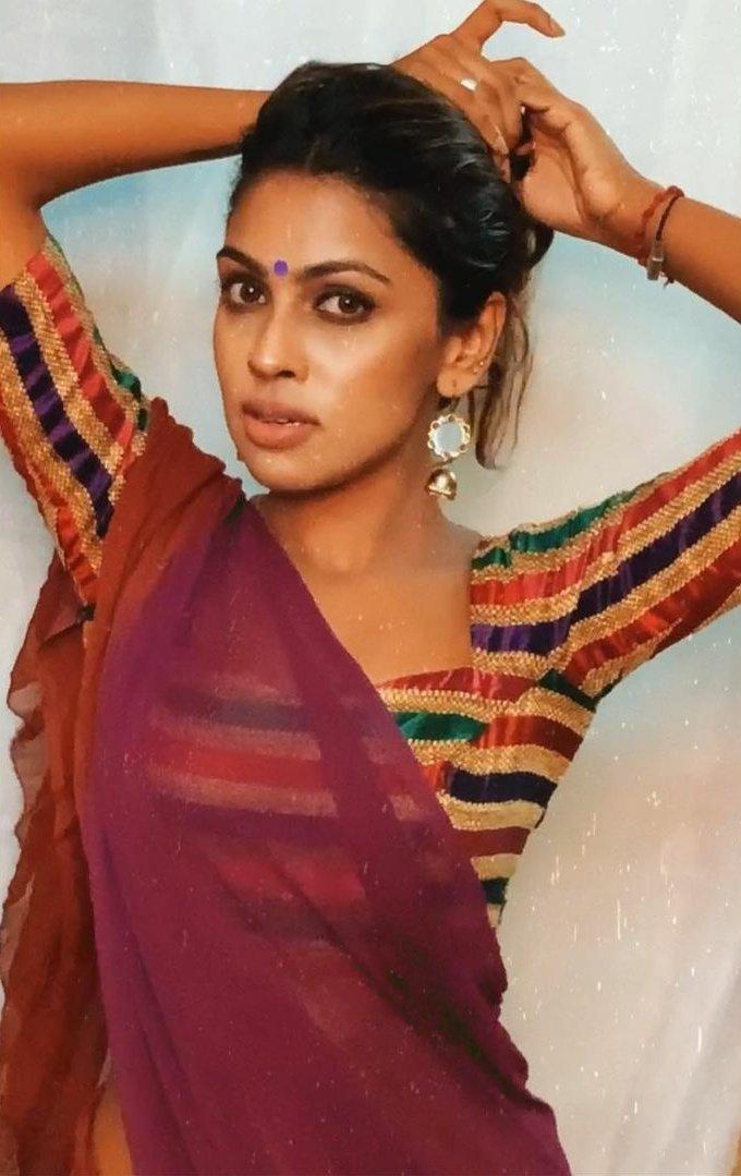Srinikha Photos HD (7)