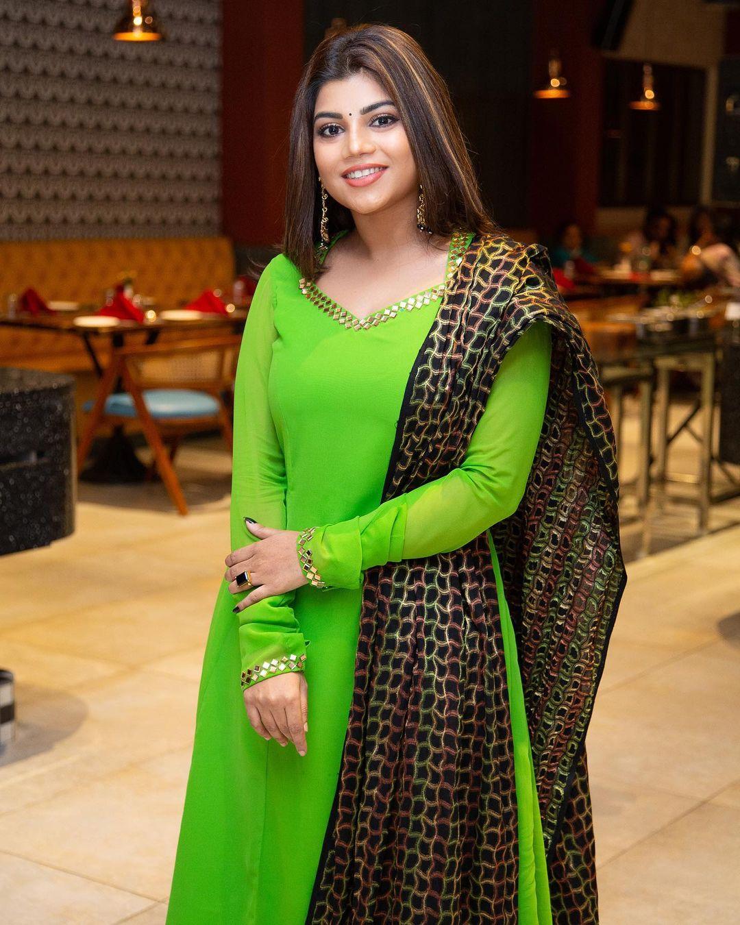 Suju Vasan Images HD (8)