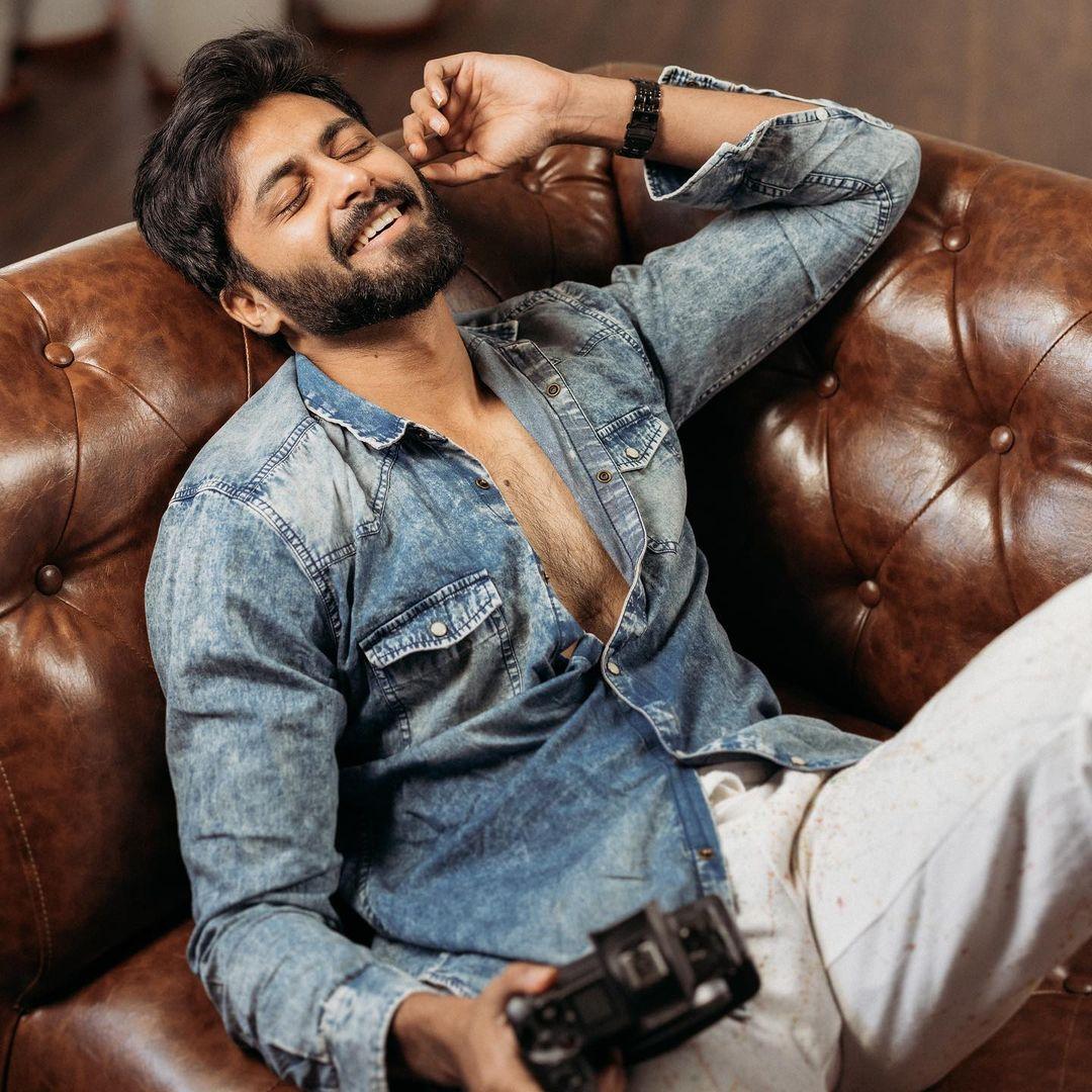 Tamil Actor Ashwin Kumar HD Photos (5)
