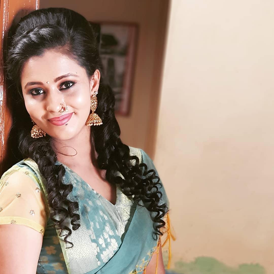 Neha Gowda Photos HD (16)