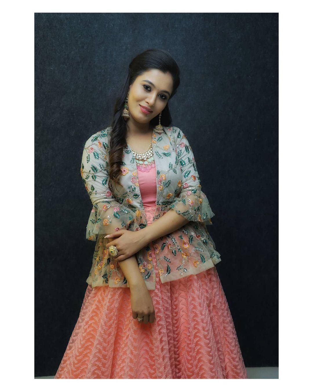 Neha Gowda Photos HD (2)
