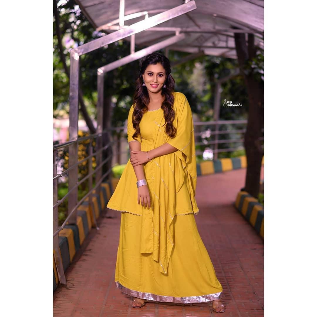 Neha Gowda Photos HD (38)