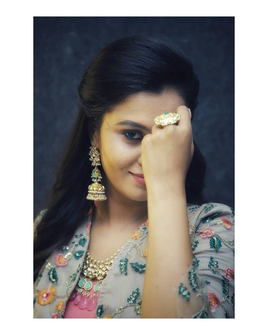 Neha Gowda Photos HD (4)