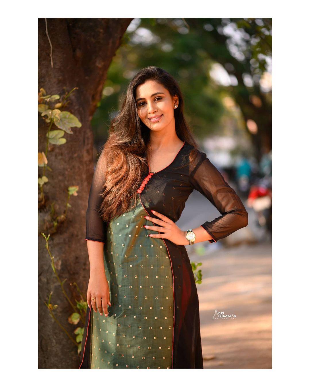Neha Gowda Photos HD (5)