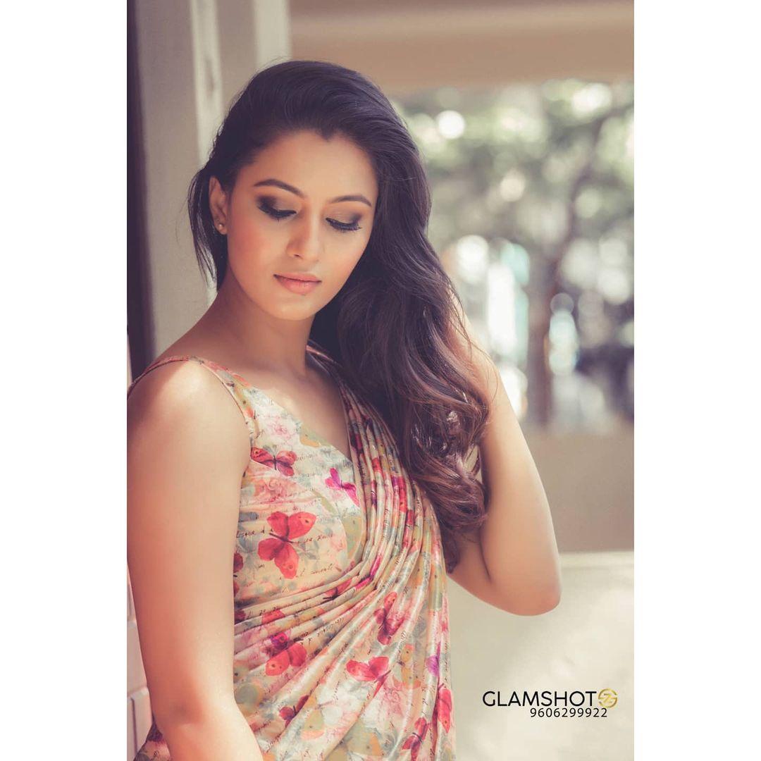 Neha Gowda Photos HD (52)