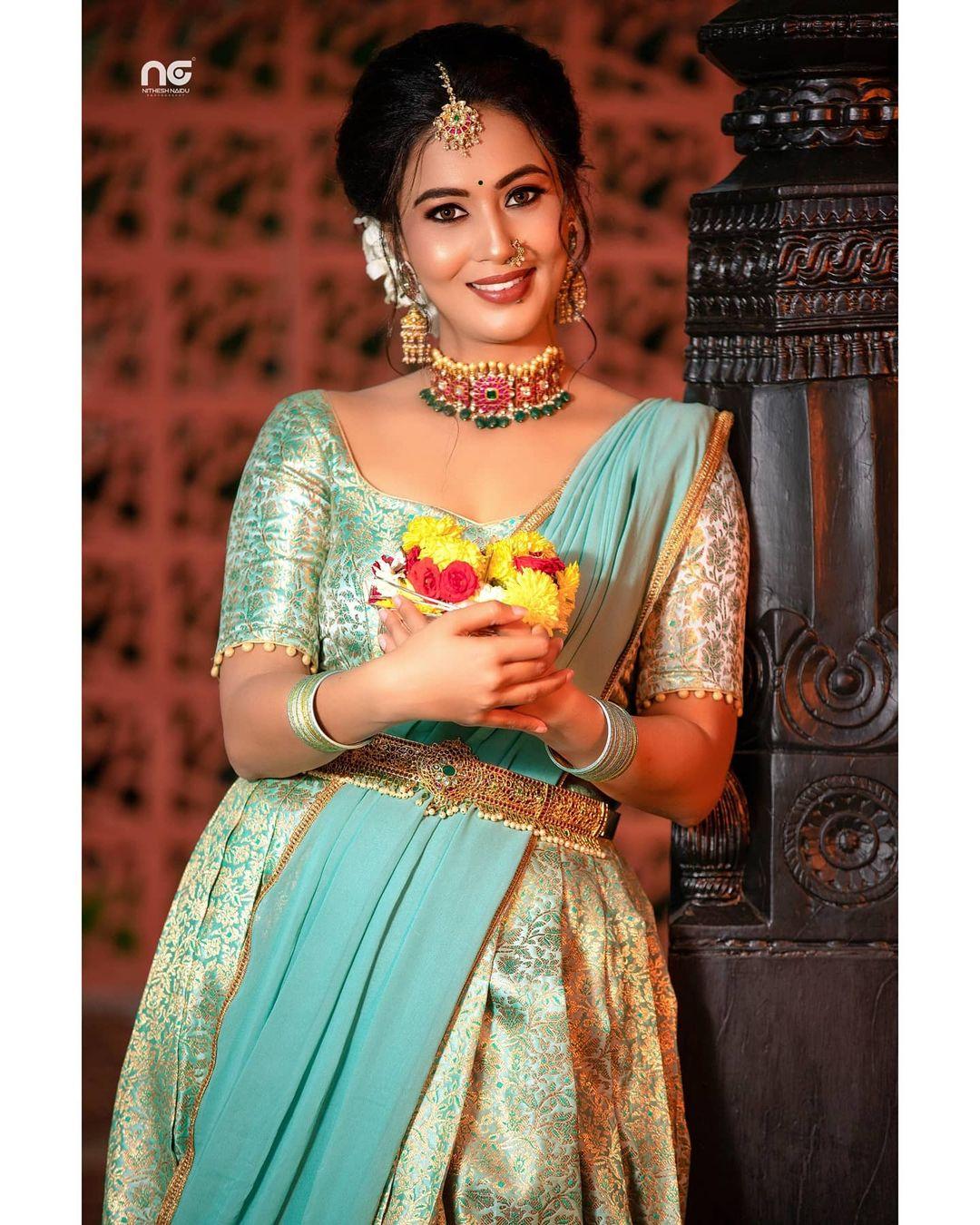 Neha Gowda Photos HD (65)