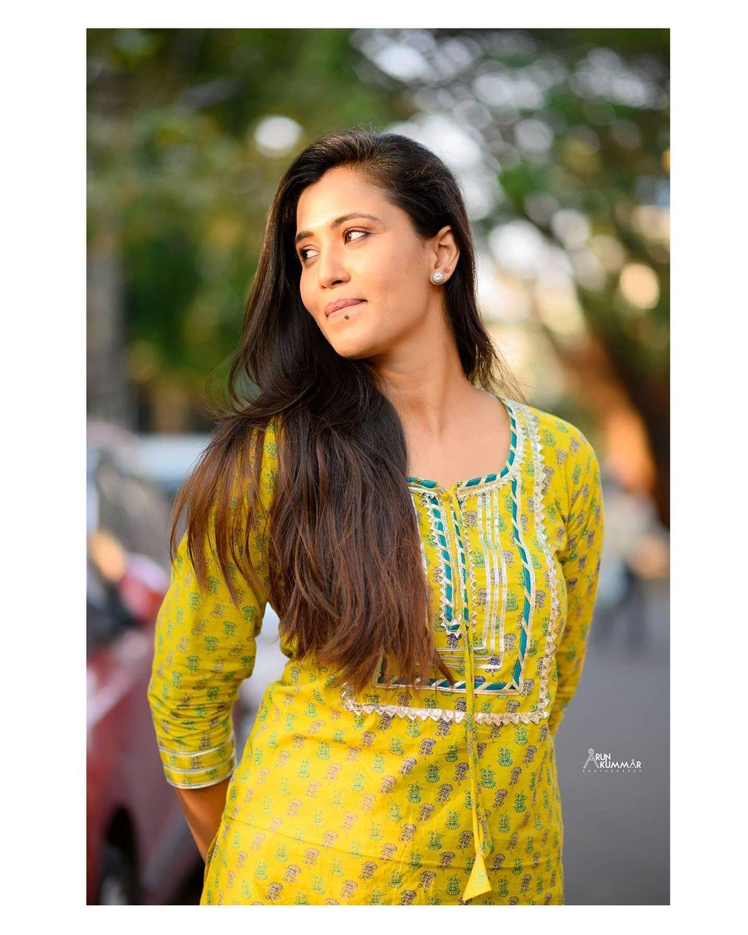 Neha Gowda Photos HD (8)