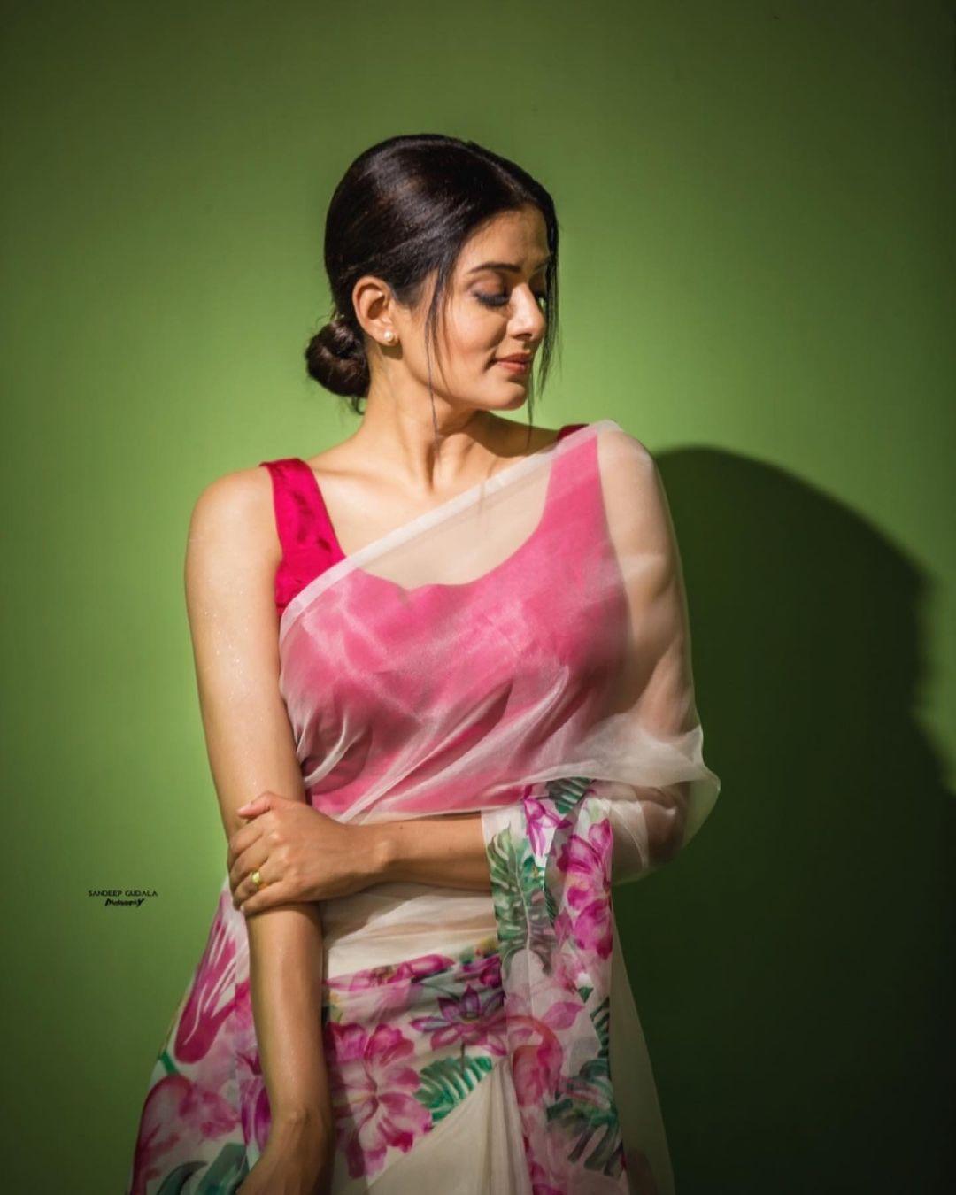 Priyamani Latest Photos (4)
