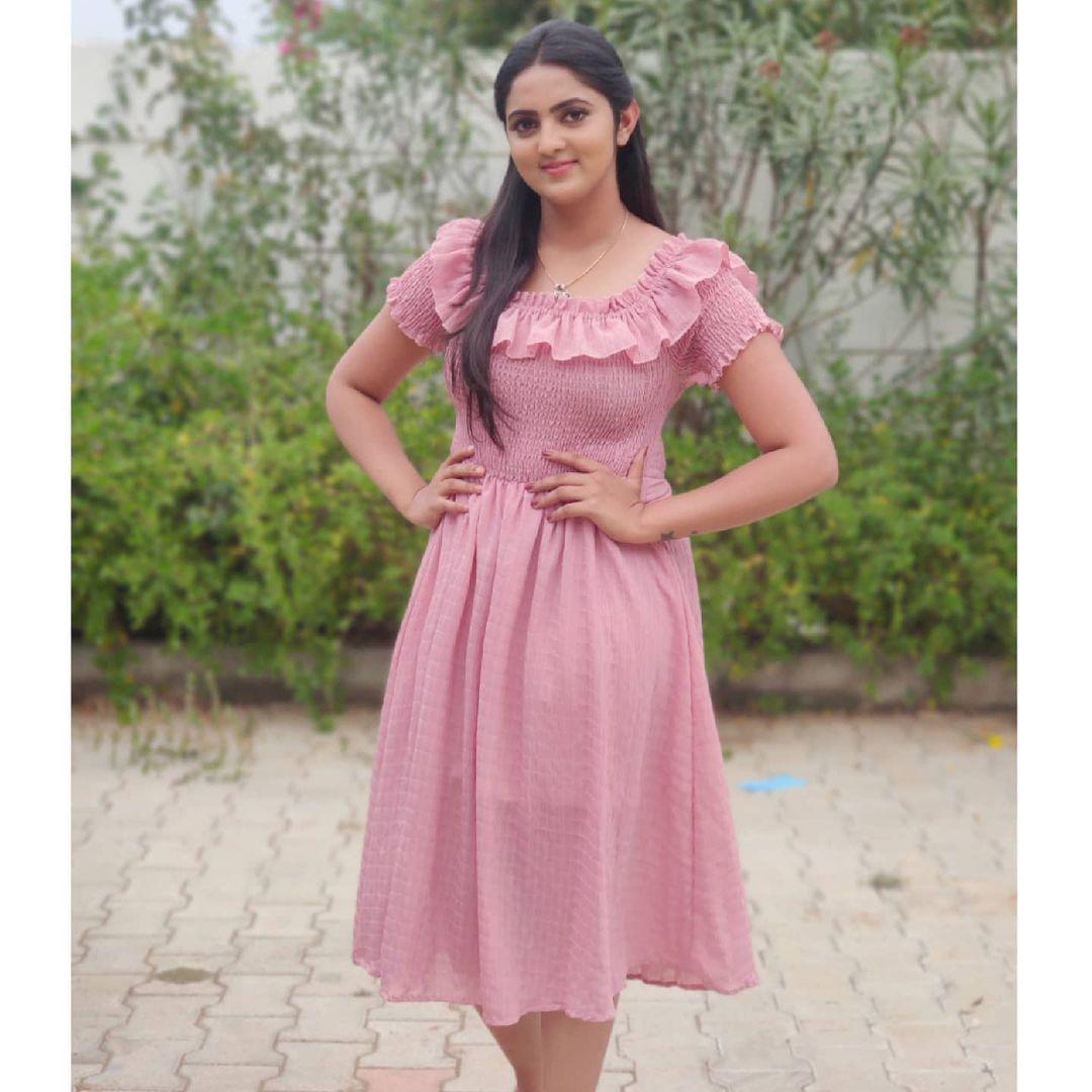 Radhika_Preethi_14655215929_1