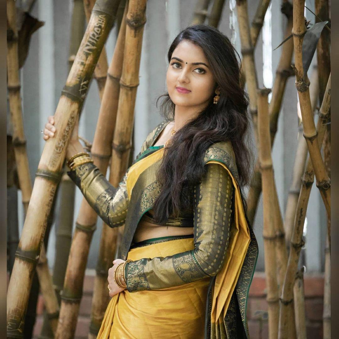 Radhika_Preethi_14655215929_10