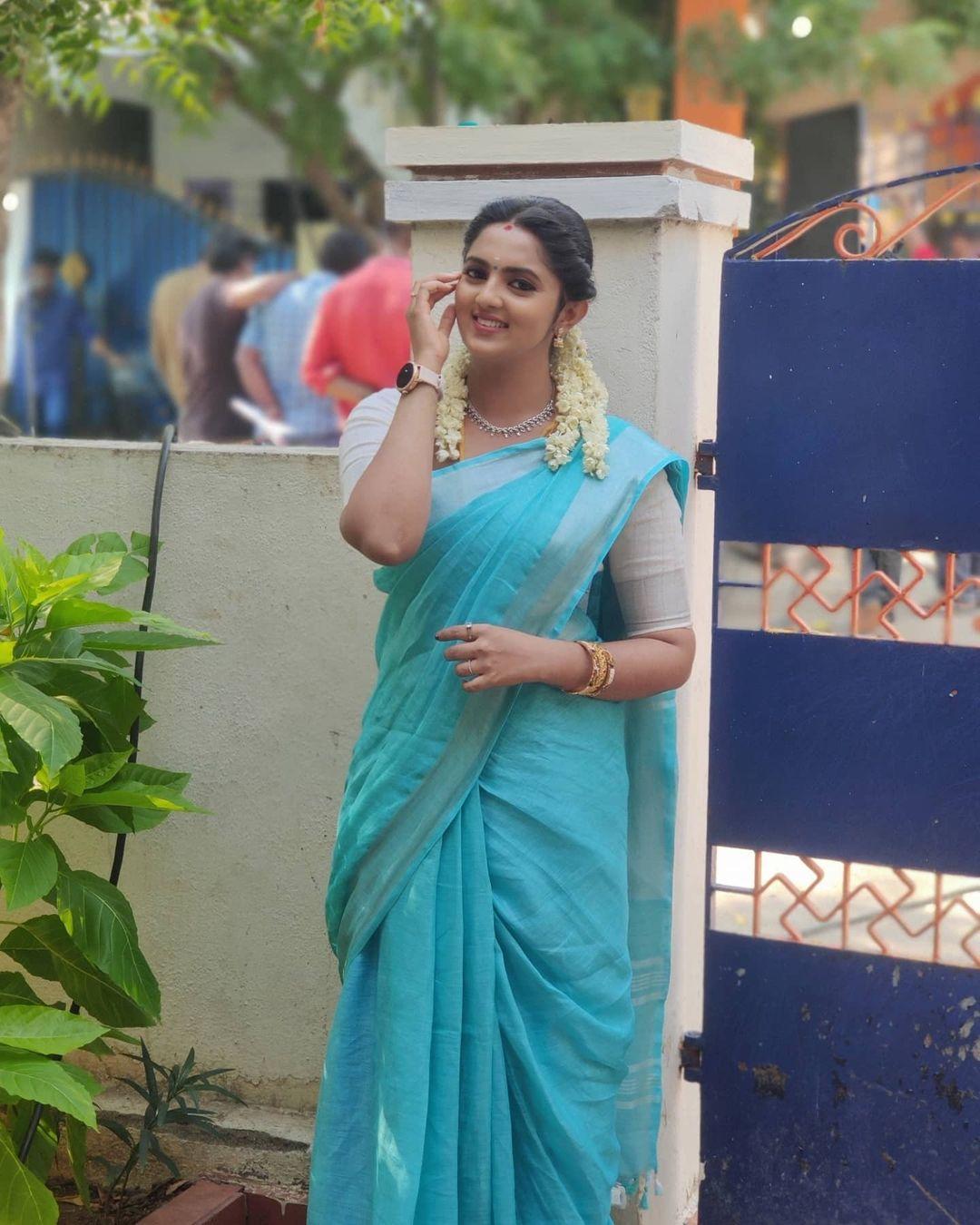 Radhika_Preethi_14655215929_11