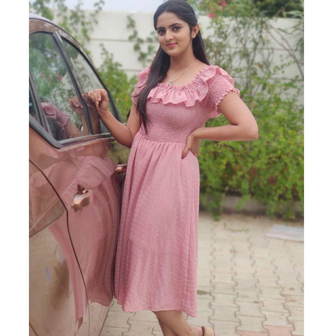 Radhika_Preethi_14655215929_13