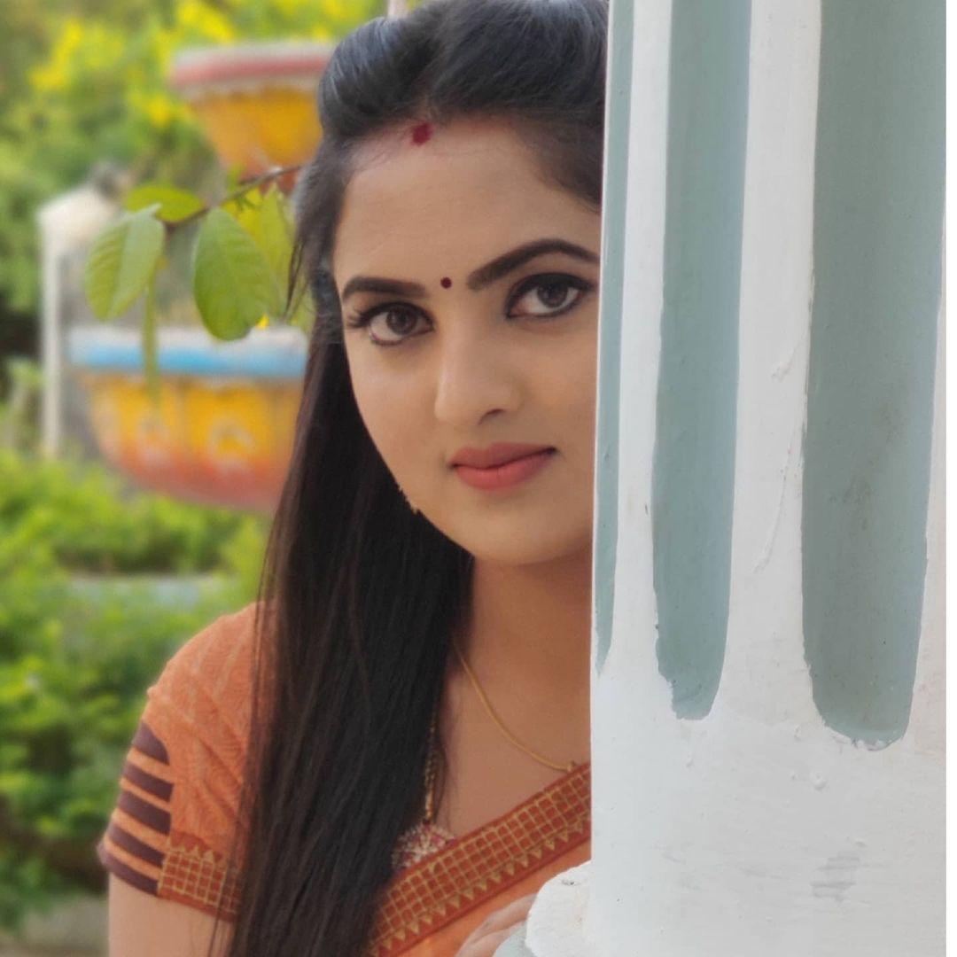 Radhika_Preethi_14655215929_26
