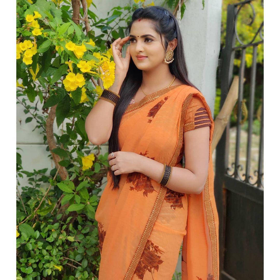 Radhika_Preethi_14655215929_27