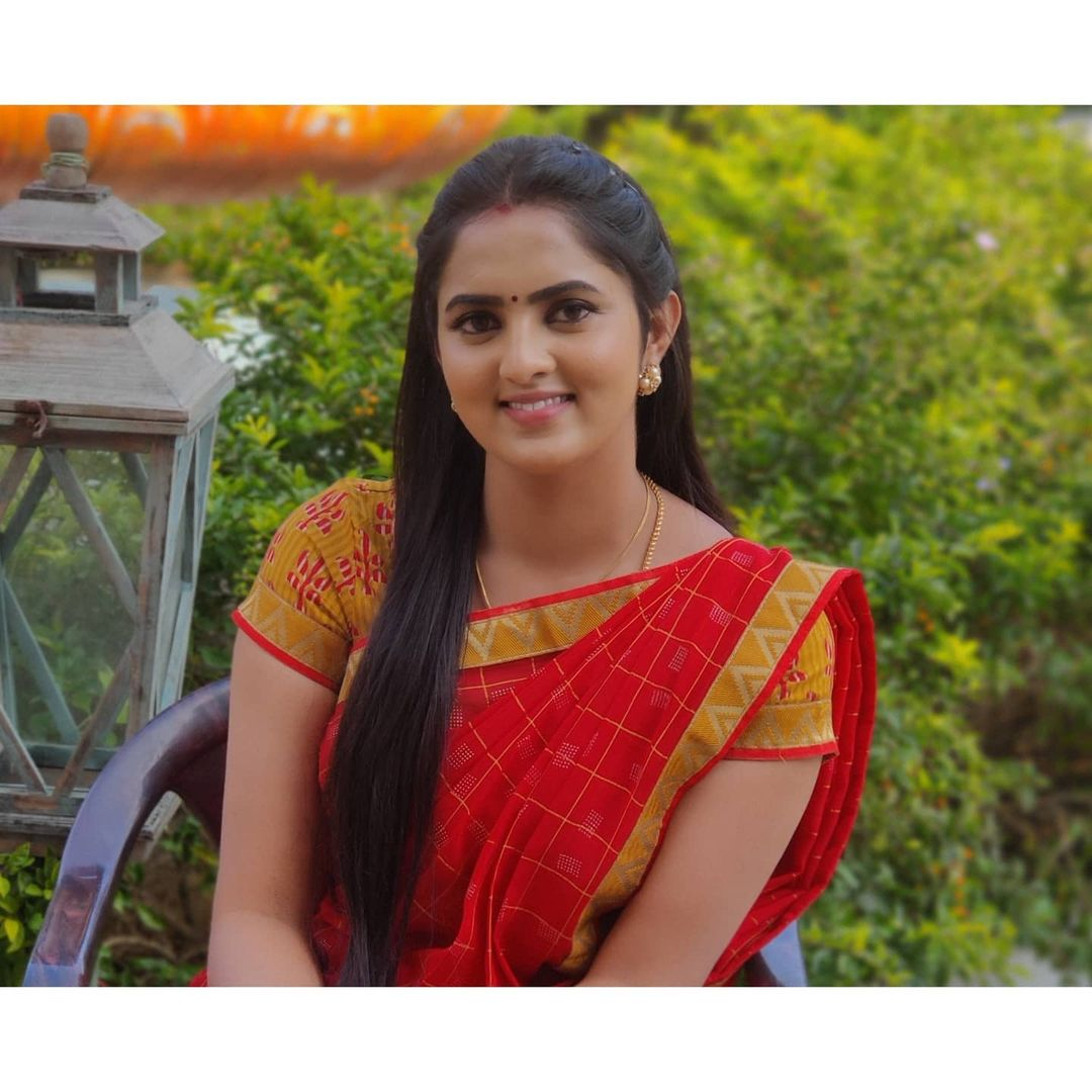 Radhika_Preethi_14655215929_28