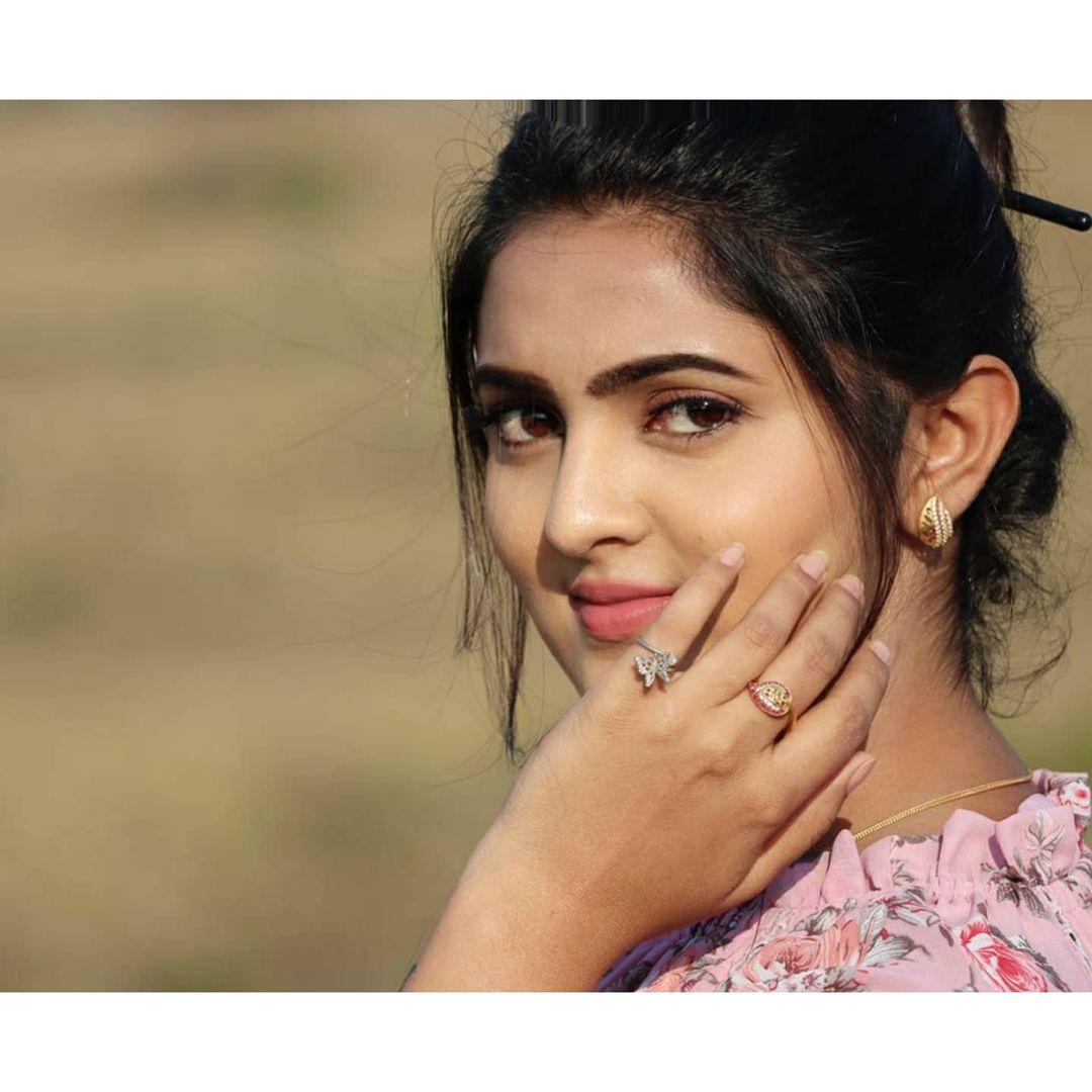 Radhika_Preethi_14655215929_29