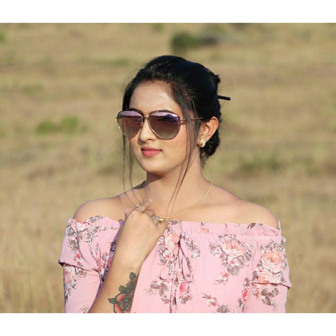 Radhika_Preethi_14655215929_30