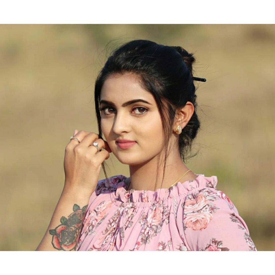Radhika_Preethi_14655215929_31