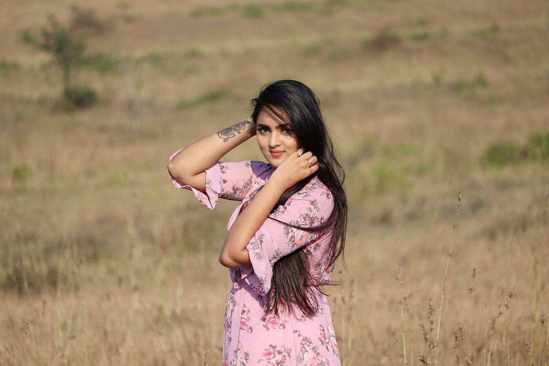 Radhika_Preethi_14655215929_34