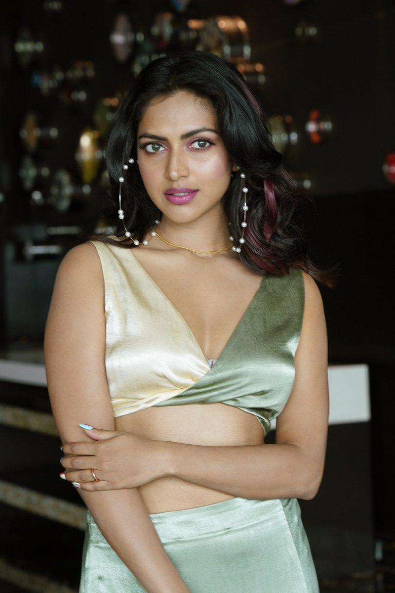 Actress_Amala_Paul_Photos_96857419