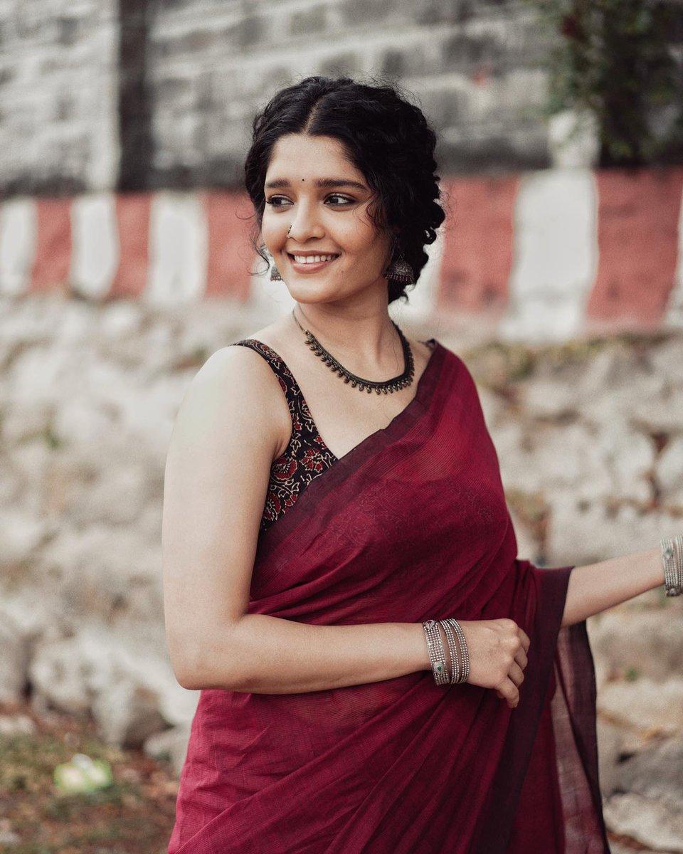 Ritika-Singh-Stills-258741236985