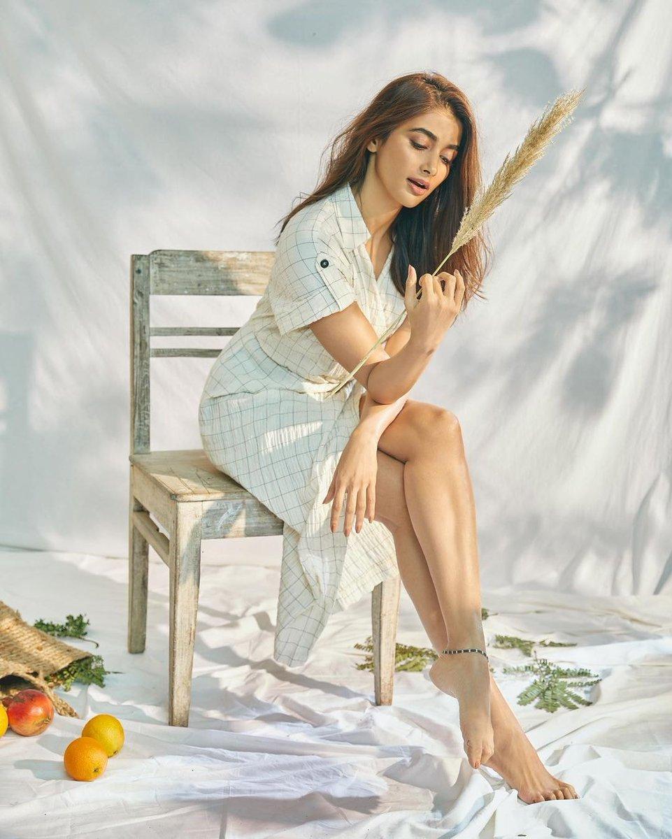 actress_pooja_hegde_new_stills_963258741